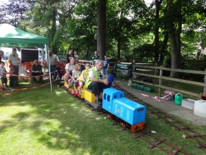 More passengers at Oughtibridge Gala.